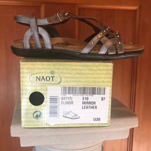 Women's Naot sandals NIB size 37
